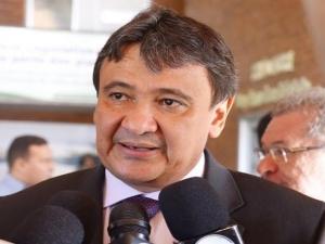 Governador se reúne com presidente da Chesf e discute investimentos em energias renováveis.