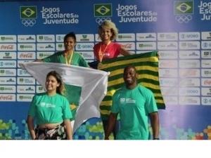 Piauiense Letícia Lima assume a liderança do ranking brasileiro sub-18 nos 100m livres.