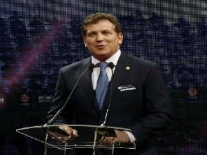 Presidente da Conmebol revela proposta feita à Fifa de Copa do Mundo a cada dois anos.