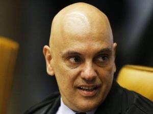Ministro do STF suspende fundação da Lava-Jato para gerir até R$ 2,5 bilhões da Petrobras.