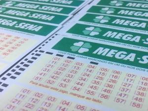 Mega-Sena, concurso 2.054: ninguém acerta as seis dezenas e prêmio vai a R$ 21 milhões.