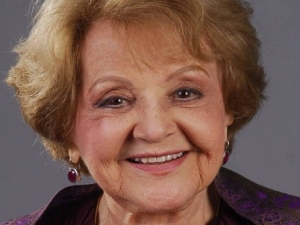 Morre a atriz Eva Todor, aos 98 anos.