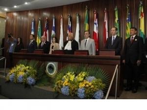 Governador participa da posse dos novos dirigentes do TRF da 1ª Região.