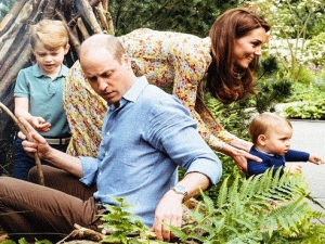 PRÍNCIPE WILLIAM E KATE MIDDLETON CURTEM DOMINGO COM OS FILHOS.
