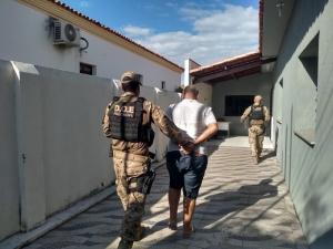 Polícia prende piauiense suspeito de investir em imóveis controlados pela milícia no RJ.