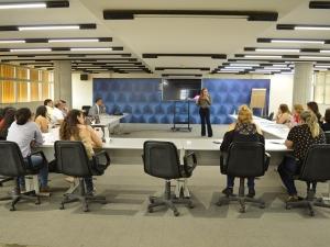 Profissionais do SESI e SENAI recebem capacitação do SESI Viva
