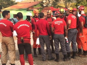 Buscas por vítimas entram no 10º dia em Brumadinho.