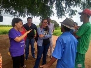Vice-governadora visita famílias da Serra do Inácio.