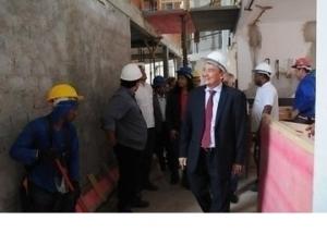 Governador visita obras de reforma da Defensoria Pública do Piauí.