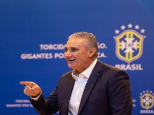 Allan é a novidade na lista de Tite, que não chama jogadores do Campeonato Brasileiro Dedé é exceção