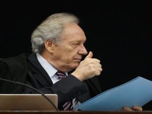 Lewandowski paralisa julgamento em que Lula perdia por 7 a 1; caso sai do plenário virtual...