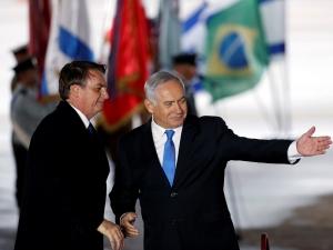 Após cogitar transferir embaixada, Bolsonaro anuncia escritório comercial em Jerusalém.