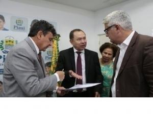 Agência Francesa anuncia interesse em financiar programas sustentáveis no Piauí.