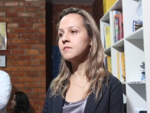 Mulher é estuprada em via pública após deixar filha em terminal; mais 2 casos são investigados.