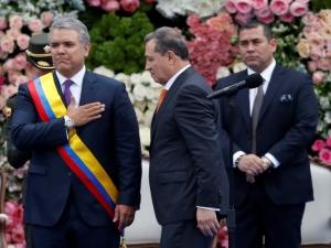 Polícia colombiana investiga conspirações contra o presidente Iván Duque.