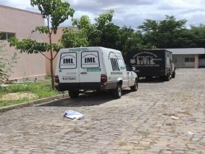 Presidiário beneficiado por saída temporária é morto a tiros e mãe baleada na Zona Leste de Teresina