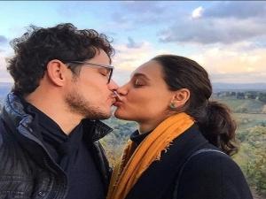 Na Toscana, José Loreto posta foto dando beijo em Débora Nascimento e se declara.