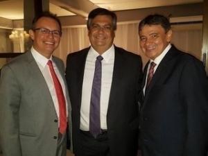 Governadores firmam parcerias entre Piauí e Maranhão.