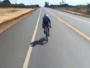 Ciclista piauiense percorre mais de 2 mil quilômetros pelo Brasil e chega ao Piauí.