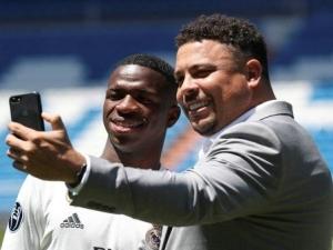Ronaldo quer levar Vinicius Júnior para o Valladolid por empréstimo na próxima janela.