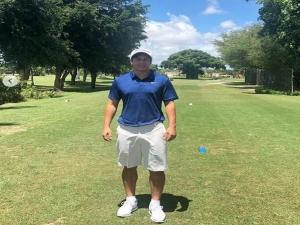 Golfe, família e homem de eventos: o primeiro mês do aposentado Darío Conca.
