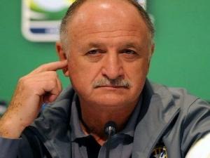 Felipão valoriza vantagem do Palmeiras, mantém pés no chão e elogia Valdívia: